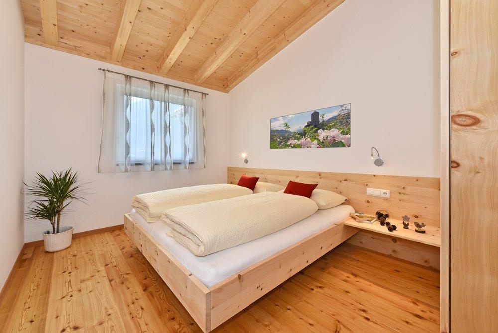 aferienwohnung-apfelbluete-schlafzimmer-02