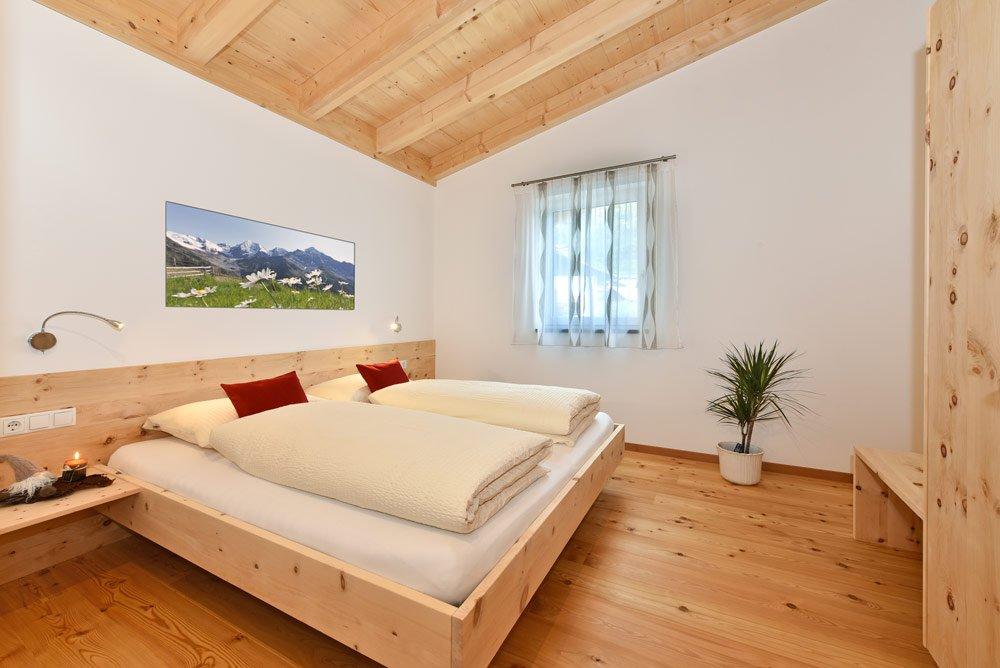 ferienwohnung-apfelbluete-schlafzimmer