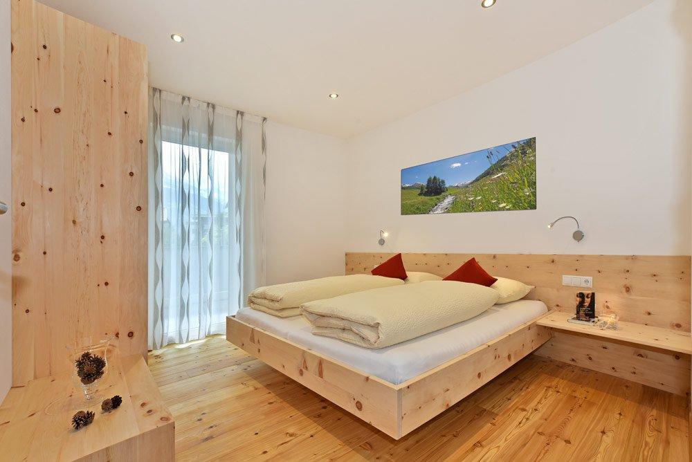 ferienwohnung-blumenwiese-schlafzimmer